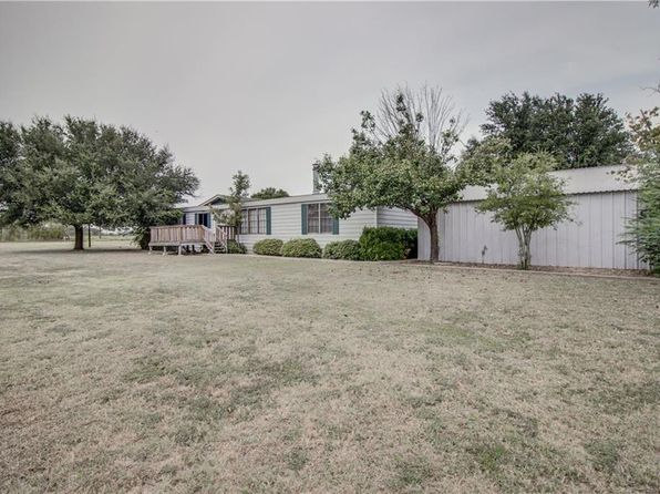 3 bed 2 bath Mobile / Manufactured at 1730 Newton Rd Ferris, TX, 75125 is for sale at 170k - 1 of 36
