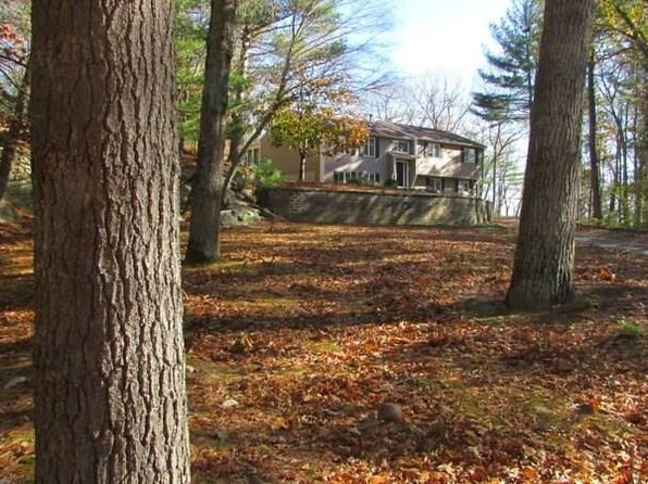 4 bed 3 bath Single Family at 10 Crystal Ct Johnston, RI, 02919 is for sale at 360k - 1 of 27