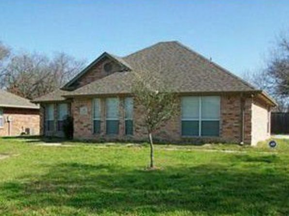 3 bed 2 bath Single Family at 401 N Elm St Blooming Grove, TX, 76626 is for sale at 127k - 1 of 7