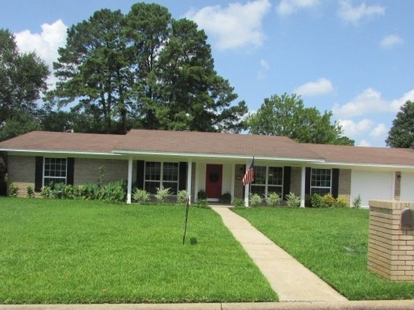 3 bed 2 bath Single Family at 1711 Buckner Dr Longview, TX, 75604 is for sale at 189k - 1 of 14