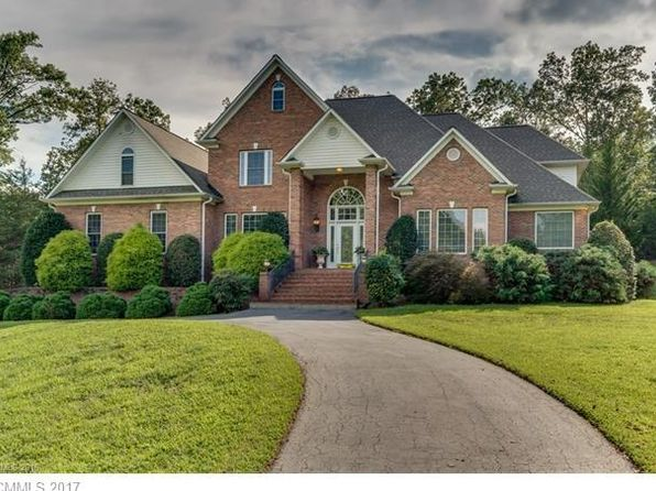 4 bed 5 bath Single Family at 431 White Oak Ln Tryon, NC, 28782 is for sale at 525k - 1 of 24