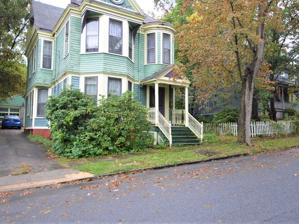 4 bed 2 bath Single Family at 5 Garfield Pl Poughkeepsie, NY, 12601 is for sale at 190k - 1 of 17