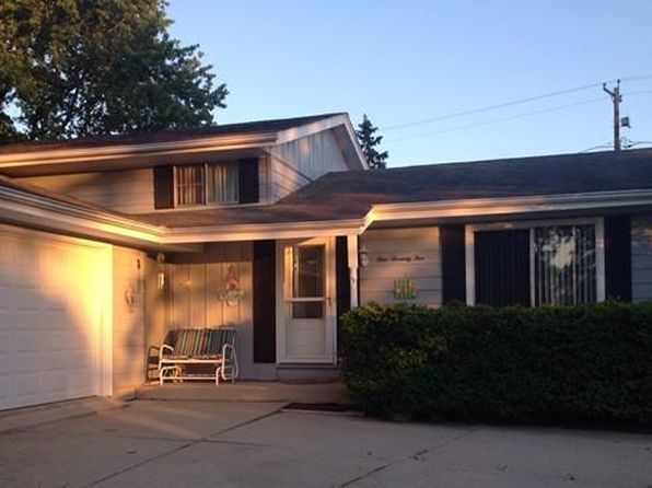 4 bed 2 bath Single Family at 175 E Golden Ln Oak Creek, WI, 53154 is for sale at 190k - 1 of 13