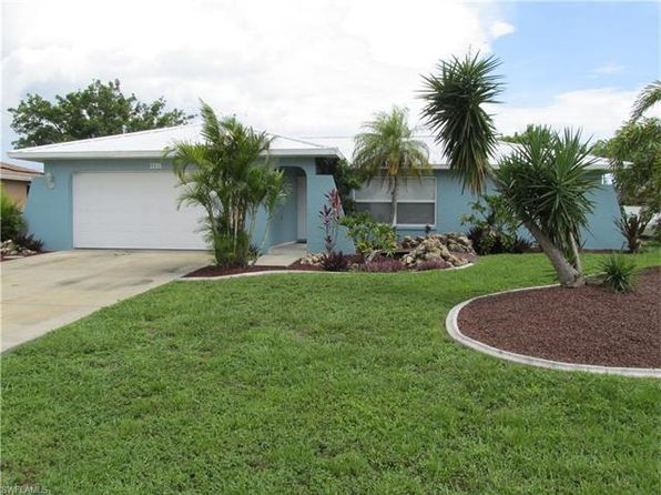 3 bed 2 bath Single Family at 1206 SE 22nd Ter Cape Coral, FL, 33990 is for sale at 162k - 1 of 12