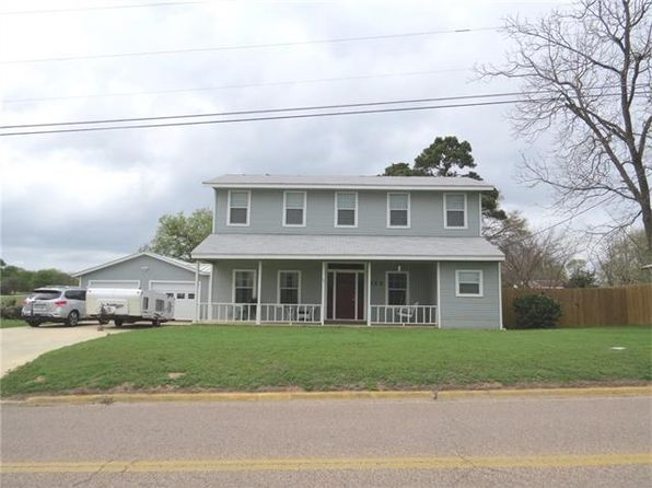 3 bed 2 bath Single Family at 822 Murray Ave Rockdale, TX, 76567 is for sale at 160k - 1 of 40