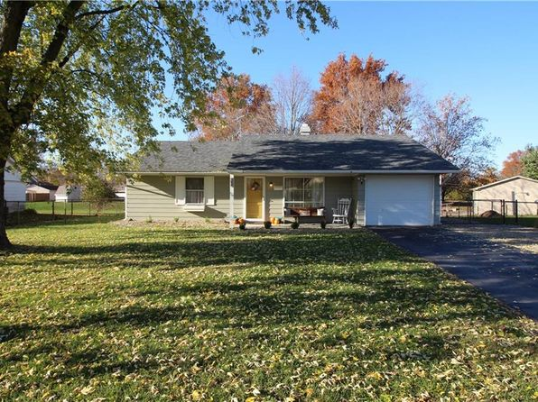 3 bed 1 bath Single Family at 608 Middle Park Dr Edinburgh, IN, 46124 is for sale at 90k - 1 of 20