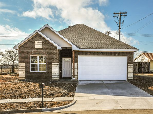 3 bed 2 bath Single Family at 8413 DOWNE DR WHITE SETTLEMENT, TX, 76108 is for sale at 236k - 1 of 16