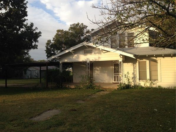 3 bed 1 bath Single Family at 167 6th St Walnut Springs, TX, 76690 is for sale at 65k - 1 of 15