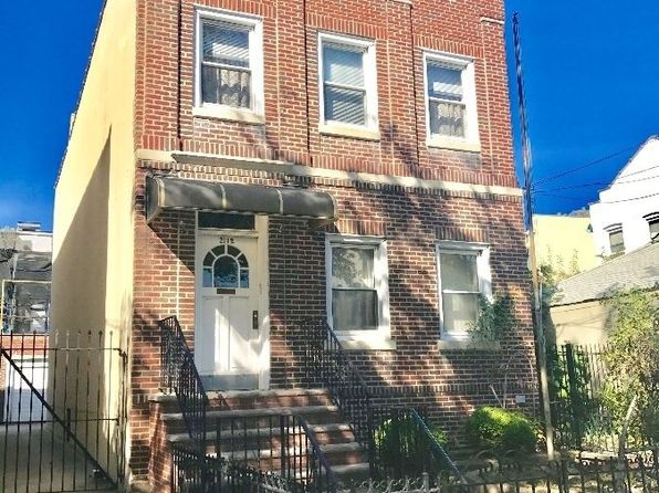 4 bed 2 bath Single Family at 2112 36th St Long Island City, NY, 11105 is for sale at 1.60m - 1 of 13