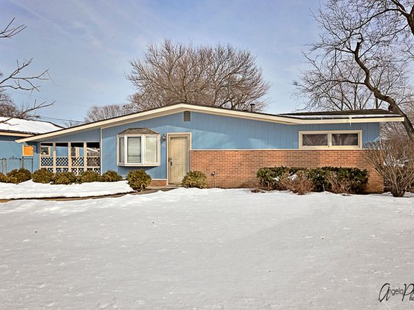 2 bed 1 bath Single Family at 13 S Cherrytree Ct North Aurora, IL, 60542 is for sale at 189k - 1 of 26