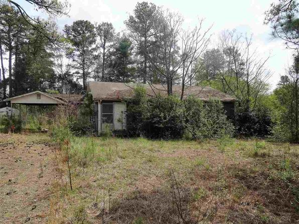 3 bed 1 bath Single Family at 639 Howell Rd Wellford, SC, 29385 is for sale at 25k - 1 of 4