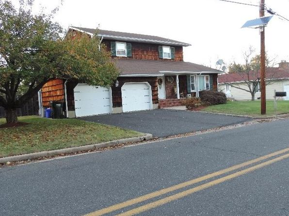 3 bed 3 bath Single Family at 30 Castleton Ave Somerset, NJ, 08873 is for sale at 375k - 1 of 17