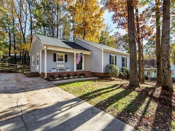 3 bed 2 bath Single Family at 5433 Green Moss Ln Charlotte, NC, 28208 is for sale at 155k - 1 of 23
