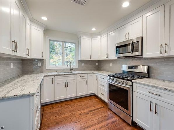 3 bed 2 bath Single Family at 539 Logan Dr Landing, NJ, 07850 is for sale at 330k - 1 of 14