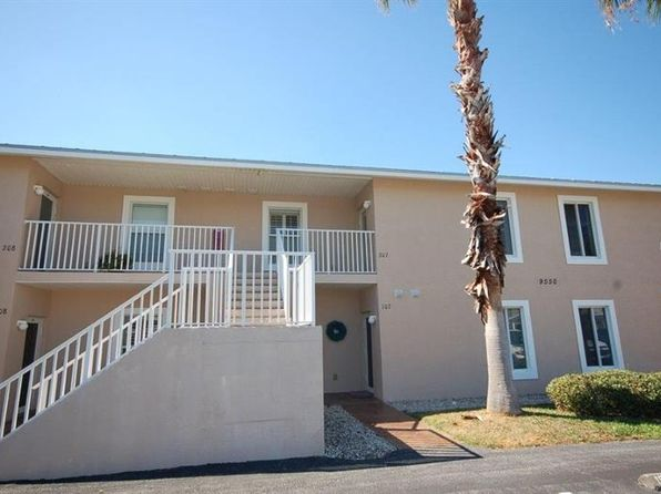 2 bed 2 bath Condo at 9500 Fiddlers Green Cir Rotonda West, FL, 33947 is for sale at 140k - 1 of 23