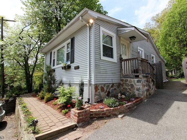 2 bed 2 bath Single Family at 90 Unger Ave Stanhope, NJ, 07874 is for sale at 190k - 1 of 14