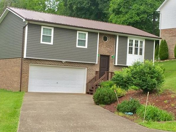 3 bed 2 bath Single Family at 165 Maple Grove Dr Charleston, WV, 25312 is for sale at 150k - 1 of 27