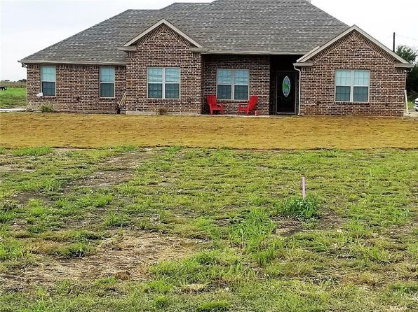 4 bed 2 bath Single Family at 3825 Bennett Rd Howe, TX, 75459 is for sale at 260k - 1 of 21