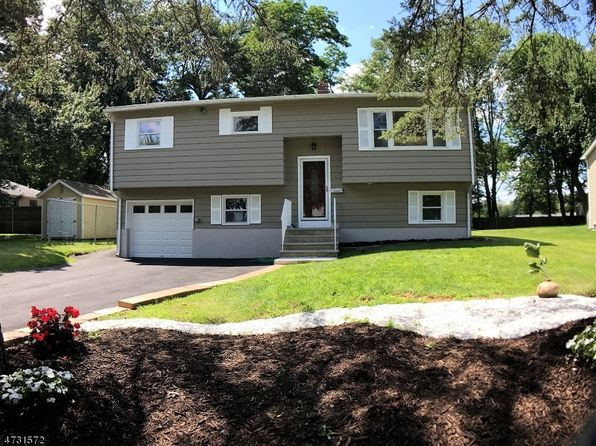 4 bed 2 bath Single Family at 2 Xenia Ct Mine Hill, NJ, 07803 is for sale at 319k - 1 of 40