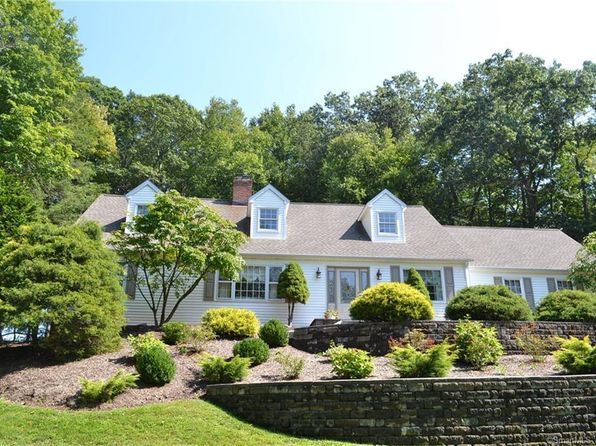 4 bed 3 bath Single Family at 155 PUMPKIN HILL RD NEW MILFORD, CT, 06776 is for sale at 390k - 1 of 32