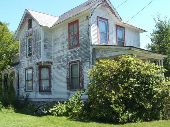 4 bed 2 bath Single Family at 32 Mettowee St Granville, NY, 12832 is for sale at 75k - 1 of 15