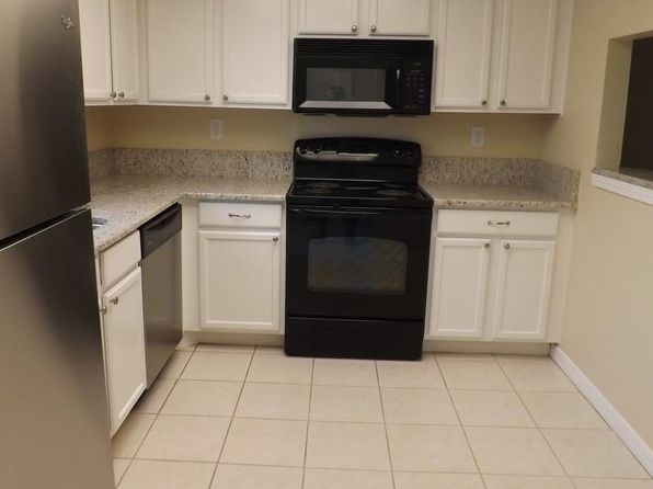 2 bed 2 bath Single Family at 400 18th St I-2 Vero Beach, FL, 32960 is for sale at 90k - 1 of 5