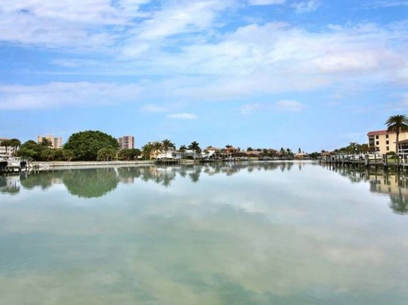 2 bed 2 bath Condo at 910 HURON CT MARCO ISLAND, FL, 34145 is for sale at 389k - 1 of 17