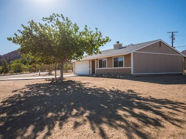 3 bed 1 bath Single Family at 61776 Calle Los Amigos Joshua Tree, CA, 92252 is for sale at 159k - 1 of 23