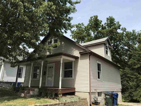 2 bed 2 bath Single Family at 2326 E High St Davenport, IA, 52803 is for sale at 100k - 1 of 13