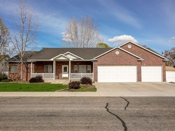 5 bed 3 bath Single Family at 2322 S Weimaraner Way Meridian, ID, 83642 is for sale at 345k - 1 of 25