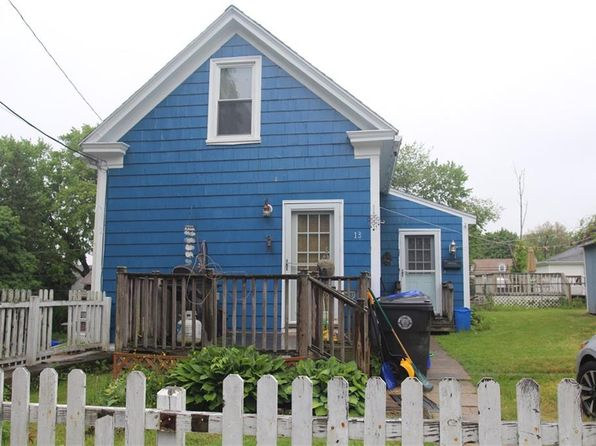 2 bed 1 bath Single Family at 13 Pennsylvania Ave West Warwick, RI, 02893 is for sale at 120k - 1 of 4