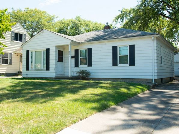 3 bed 1 bath Single Family at 1292 Eastwood Ave Akron, OH, 44305 is for sale at 59k - 1 of 6