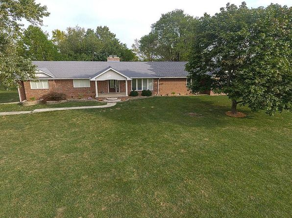 5 bed 4 bath Single Family at 2112 E Elwin Rd Decatur, IL, 62521 is for sale at 295k - 1 of 26