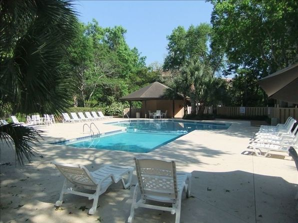 2 bed 2 bath Condo at 10 Lemoyne Ave Hilton Head, SC, 29928 is for sale at 200k - 1 of 19