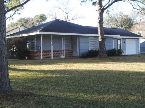 2 bed 1 bath Single Family at 1102 13th Ave N Texas City, TX, 77590 is for sale at 110k - 1 of 12