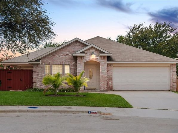 4 bed 2 bath Single Family at 5149 Cedar Elm Cir Dallas, TX, 75211 is for sale at 180k - 1 of 36