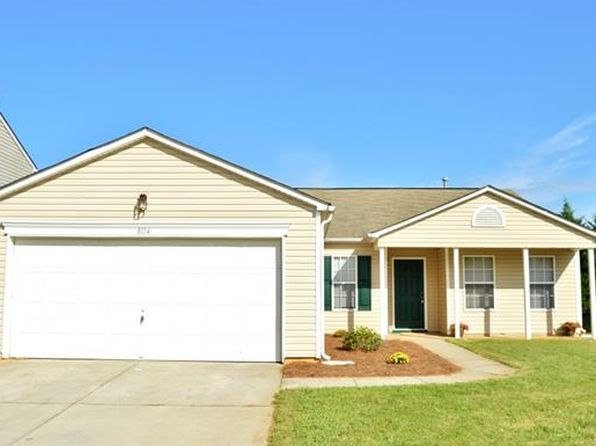 4 bed 2 bath Single Family at 8114 Rosberg Ln Charlotte, NC, 28216 is for sale at 158k - 1 of 16