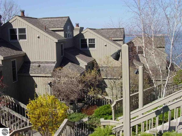 3 bed 3 bath Townhouse at 11C Pinnacle Pl Glen Arbor, MI, 49636 is for sale at 92k - 1 of 20