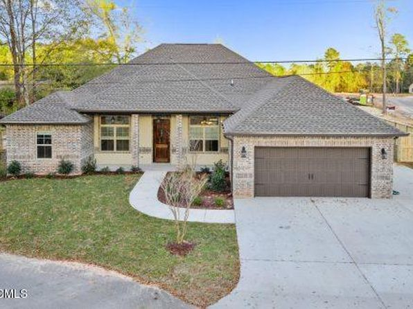 4 bed 2.5 bath Single Family at  Oak Island Dr Pass Christian, MS, 39571 is for sale at 414k - 1 of 25