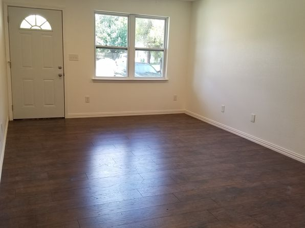 3 bed 2 bath Single Family at 3007A Poplar St Greenville, TX, 75402 is for sale at 120k - 1 of 10
