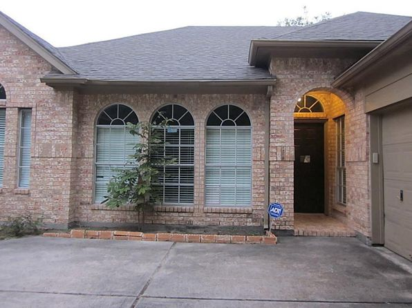 4 bed 2 bath Single Family at 13922 Elm Trail Ln Houston, TX, 77014 is for sale at 190k - 1 of 27