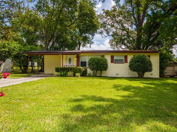 3 bed 1 bath Single Family at 1935 Delaroche Dr E Jacksonville, FL, 32210 is for sale at 90k - 1 of 20