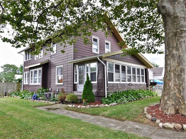 4 bed 2 bath Single Family at 901 Hilborn Ave Erie, PA, 16505 is for sale at 117k - 1 of 22