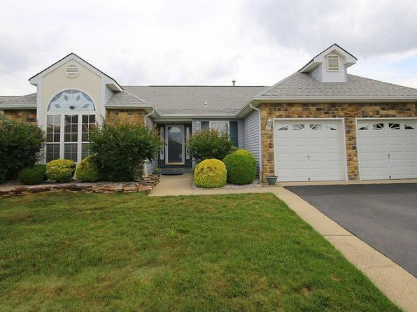 2 bed 2 bath Single Family at 5 Bolton Ct Toms River, NJ, 08757 is for sale at 299k - 1 of 58