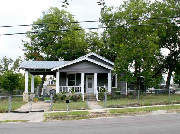 2 bed 2 bath Single Family at 608 W 3rd St Lampasas, TX, 76550 is for sale at 110k - 1 of 20