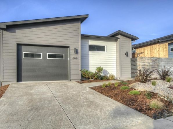 2 bed 2 bath Single Family at 600 SW Green Dr Waldport, OR, 97394 is for sale at 299k - 1 of 49