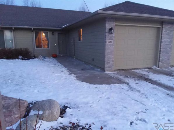 2 bed 1 bath Townhouse at 204 S Emmett Trl Harrisburg, SD, 57032 is for sale at 130k - 1 of 13