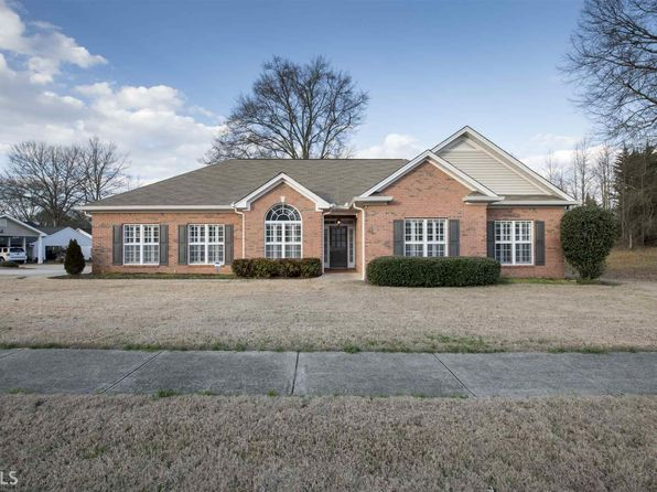 3 bed 2 bath Single Family at 304 OLD MILL DR CARROLLTON, GA, 30117 is for sale at 270k - 1 of 29