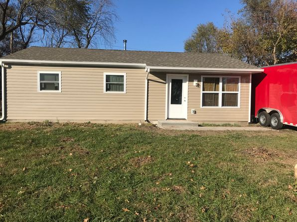3 bed 1 bath Single Family at 2213 Terminal Ave Granite City, IL, 62040 is for sale at 65k - google static map