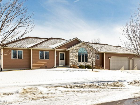5 bed 4 bath Single Family at 1022 Double Eagle Ave SE Rochester, MN, 55904 is for sale at 290k - 1 of 33